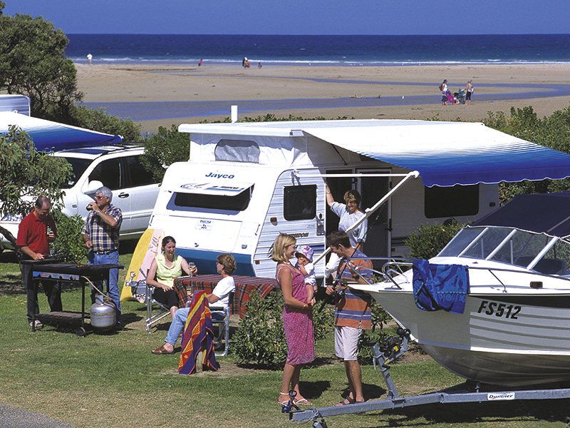 anglesea-beachfront-powered-campsite-large